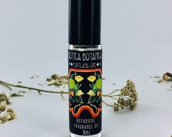 Davana & Oud -- Dried Fruit. Vanilla. Oakmoss. Hay. Natural Botanical Fragrance Oil 9 ml Roller Bottle