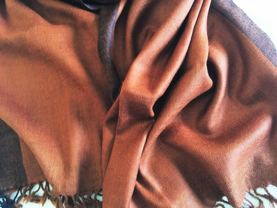 Pure lambswool sheep merino wool hand woven in a unique shade of rust brown stole scarf shawl wrap with blue rust border from Himachal area