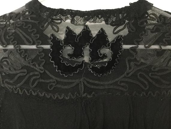 ANTIQUE VICTORIAN lace blouse 1800's - image 4