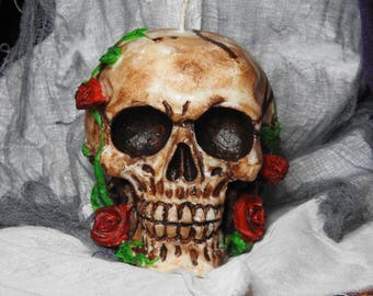 Skull candle in roses - Halloween candle -Dia de los muertos