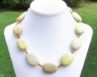 Yellow Green Necklace Lime Necklace Lime Green Necklace Chartreuse Necklace Pale Yellow Necklace Lime Gemstone Necklace Big Bead Necklace