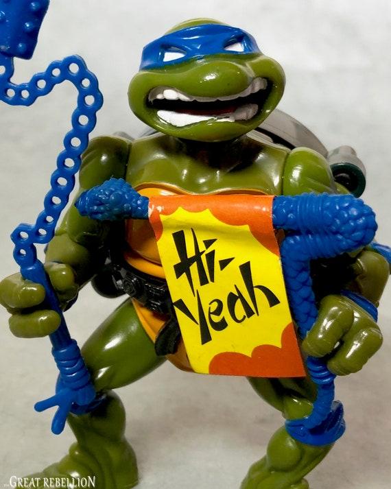1991 Raphael Figure with belt