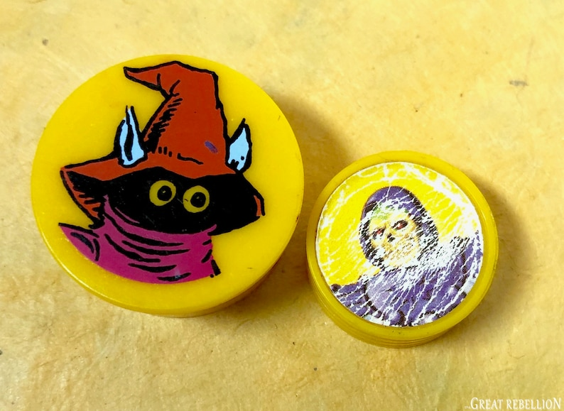 He-man Masters of the Universe Orko magic coin trick yellow cover stack parts MOTU Mattel