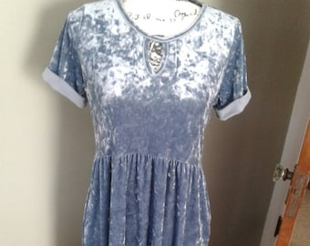 Crushed velvet denim dress...vintage....Blue denim color....keyhole opening...stretchy knit