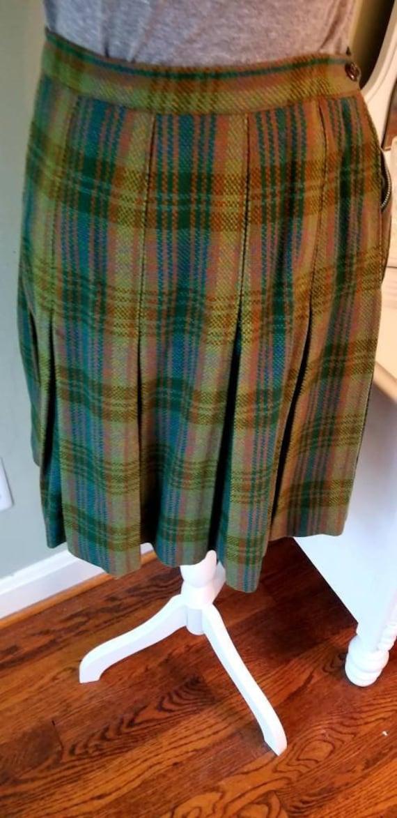 5d2c4b257d9d Sweet plaid skirt...pleated...green and blue...side zipper | Etsy
