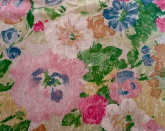 Gorgeous watercolor french country tablecloth....shabby cottage style....flawless...large