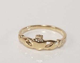 CHOICE Size 7 Estate 10k White Yellow Rose Gold Princess Crown .20ct Heart Diamond Ring Eternity DNG108