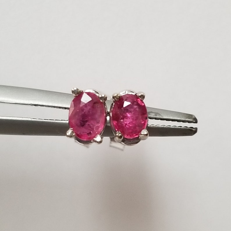 84ee4555a5044 6mm Estate 14k White Gold Natural .75ct Ruby Oval Stone Earrings Studs Stud  GS6-2