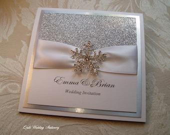 Crystal Snowflake. Wedding Invitation. Silver. Christmas Wedding.