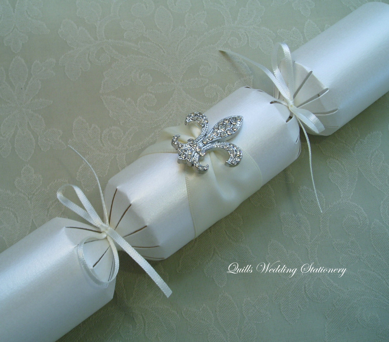 Luxury Wedding Cracker With Diamant Fleur De Lis Wedding