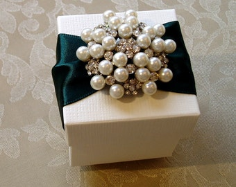 Exquisite Pearl and Diamante Wedding Favour. Bespoke. Various Colour Options.