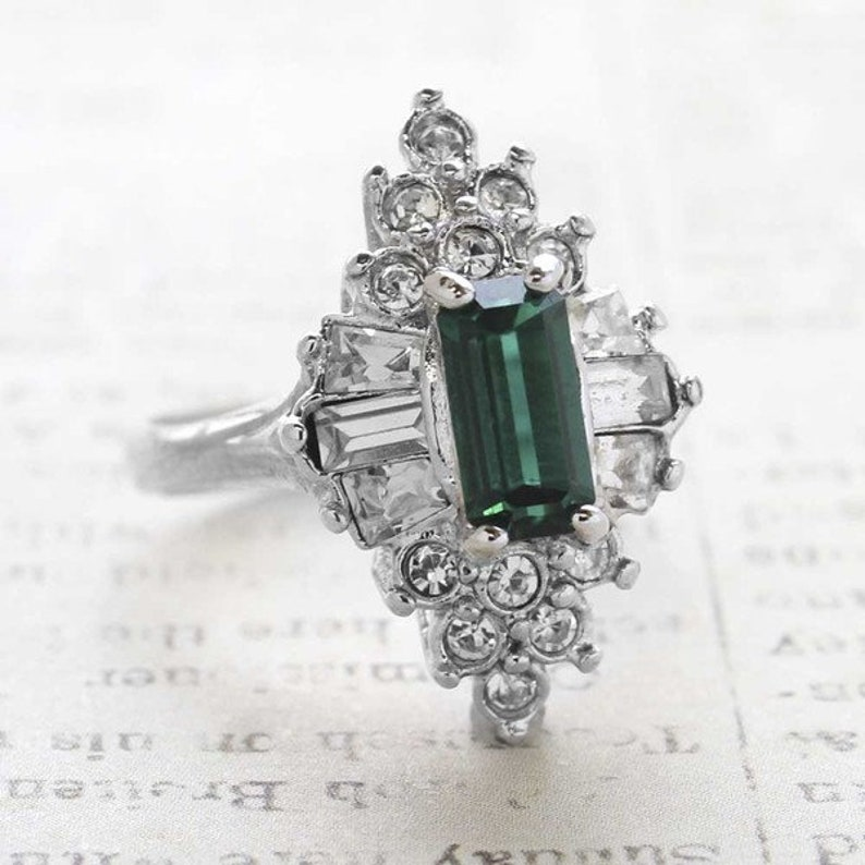 da243ecb588cd Vintage Emerald and Clear Swarovski Crystal Cocktail Ring 18k White Gold  Electroplated Made in USA R2001