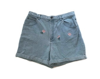 90s Light Denim Shorts with Pastel Flower Embroidery