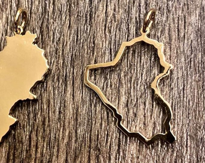 Outline of Iraq in 14K gold