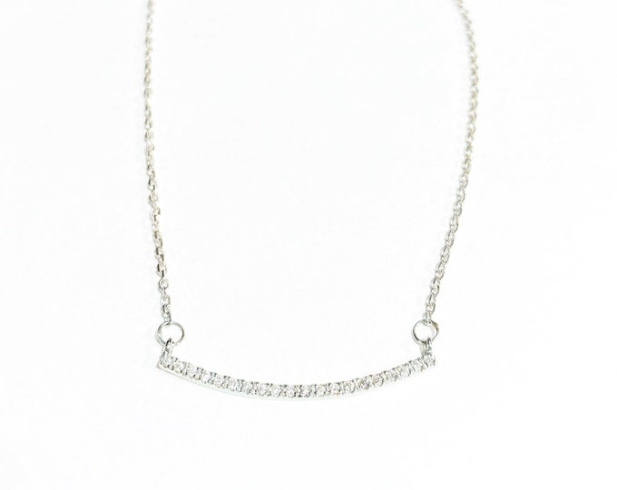 Diamond Curve Necklace in 14k Gold