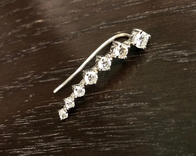 Diamond Comet Ear Crawler in 14k Gold