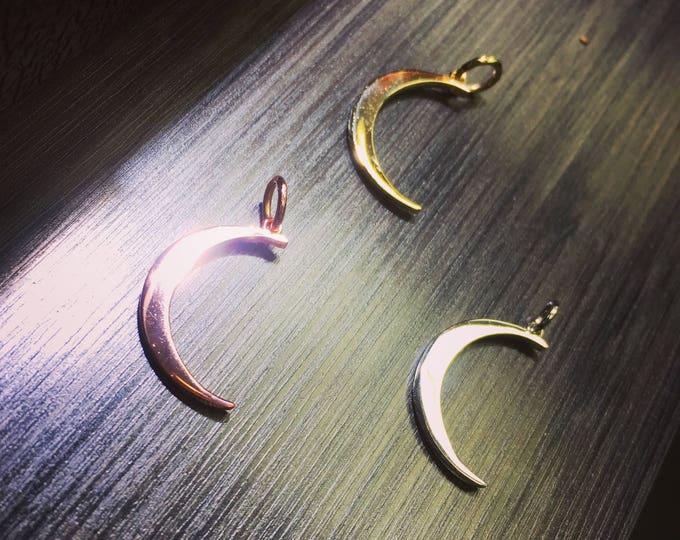 Moon Pendant in 14k Gold