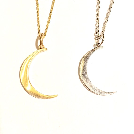 Moon Pendant in 14k Gold