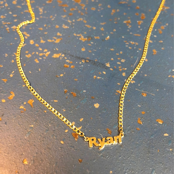 Mini Nameplate With Curb Chain in 14k Gold