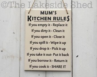 Mum's Kitchen Rules • Kitchen Signs • Moms Kitchen Sign • Kitchen Plaques • Mothers Day Gift • Funny Mothers Day Gift • Mum Gift •Mum Plaque
