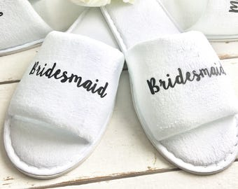 Bridal slippers • Bridal Party Slippers • Hen Party Slippers • Personalised Spa Slippers • Wedding Slippers • Spa Slippers • Bridesmaid Gift