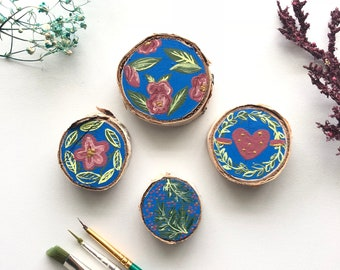 Set of four miniatures on Birch wood
