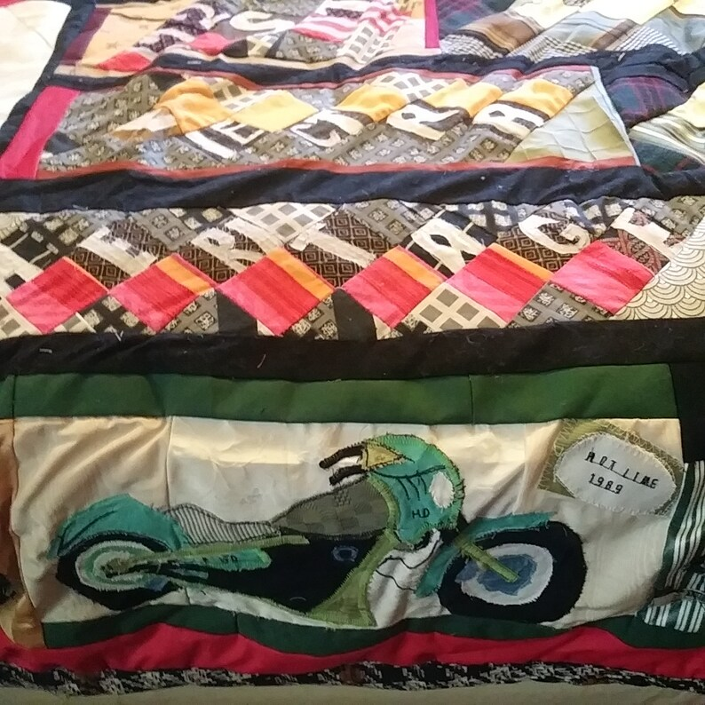 Bedspread /'Motorbikes/' Quilt Free Shipping