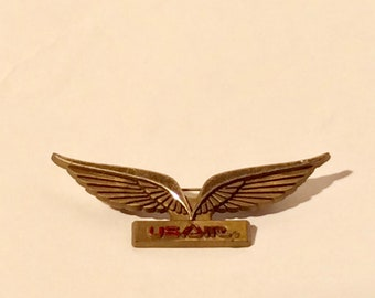 Vintage 1980s USAir Plastic Children's Flight Wings Pin/Collectible and Cute