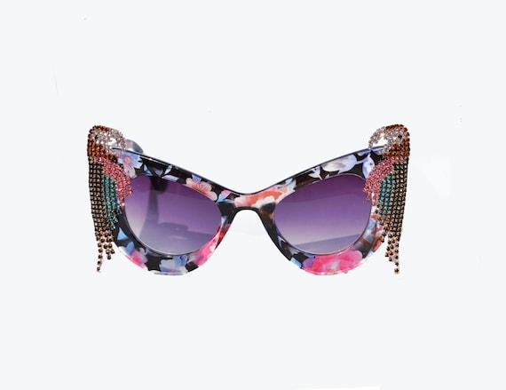 Lunettes de soleil florales de perroquet de Rhin tropical lunettes de soleil rétro Pinup Sunglasses Rose, Bleu, Noir, Jimmy Buffet, Oiseaux, Ara,