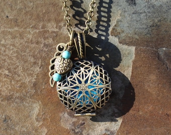 Brass Aromatherapy Locket with Heart Wing Charm and Healing Crystals, Personal Diffuser Locket, Essential Oils Locket, Aromatherapy Jewelry