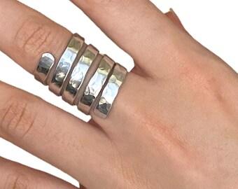 Aluminiun ring, metal ring, silver ring, silver band, wirewrap ring, handmade ring, snake ring, cocktail ring