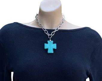 Bulky Cross Pendant Necklace