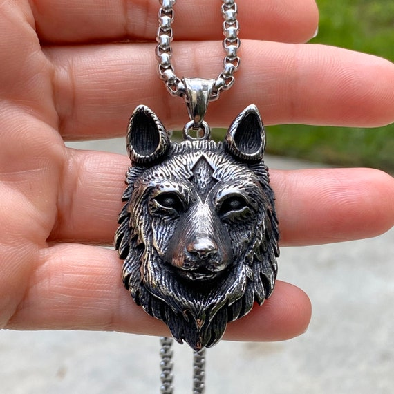 Wolf necklace, Wolf pendant, amulet pendant, good luck pendant, men's necklace, man necklace, silver necklace