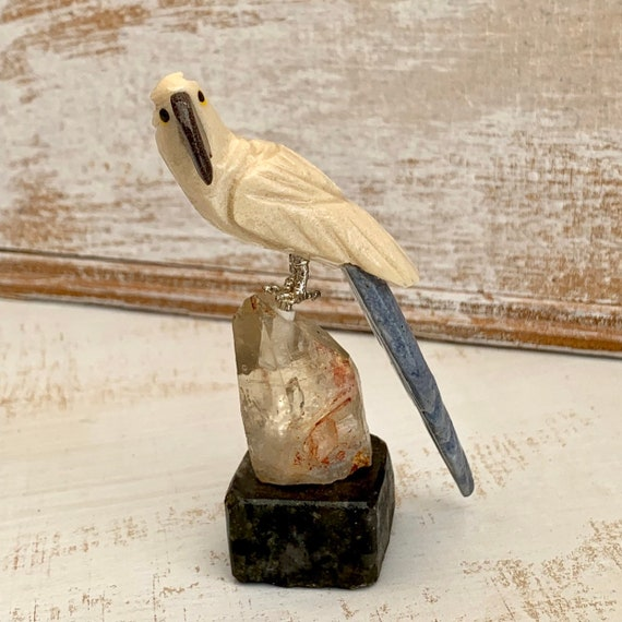 Hand carved Gemstone Bird • Bird Figures • Gemstone Bird • Bird • Parrot • Birds carved
