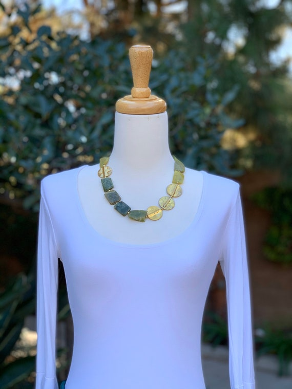 Green Necklace, Beaded Necklace, women's gift, Gemstone Necklace, Women's Necklace, Statement Necklace