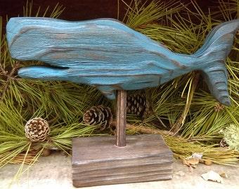 Sculpté à la main baleine