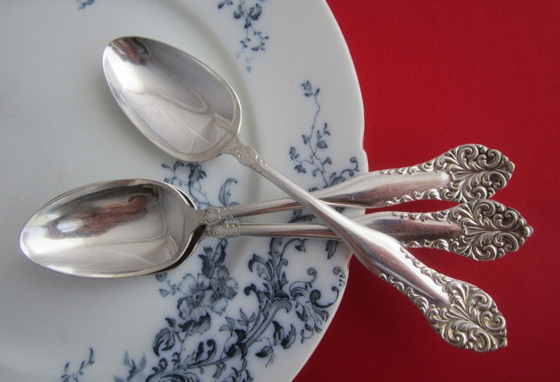 4   Vintage  Oneida Community  MY ROSE  Stainless Steel  Oval Place Soup Spoons