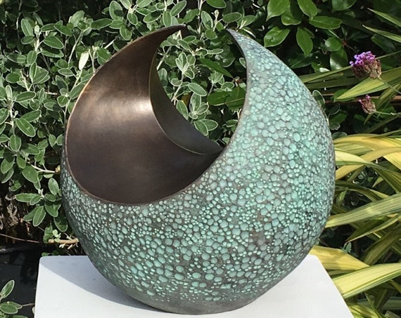 Curvation medium-Sculpture -Limited Edition bronze and resin sculpture