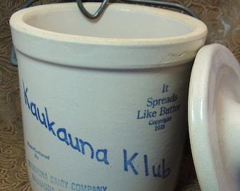 Vintage Kaukauna Klub cheese crock,  glazed light gray stoneware,  blue printing, sourdough starter, yogurt