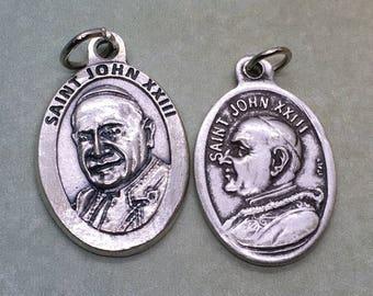 St. John XXIII holy medal - Catholic saint, pope - Angelo Giuseppe Roncalli - patron of papal delegates