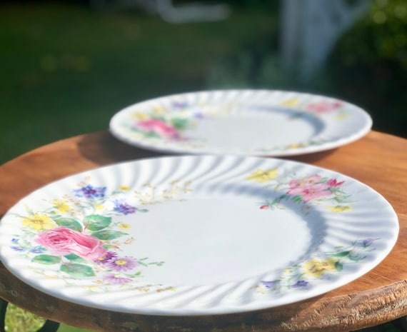 s Royal Doulton Arcadia Bread and Butter Plate
