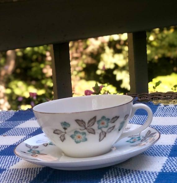 Doretha Flat Teacup /& Saucer Set