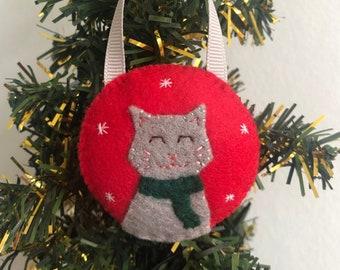 Cat snow globe handsewn felt bauble decoration, cute Christmas tree ornament, kitty home decoration, Santa decor, cat lover Xmas gift