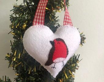 Winter robin handsewn felt hanging heart, cute Christmas home decor, xmas gift, Christmas tree ornament, snow scene decoration, sweet bird