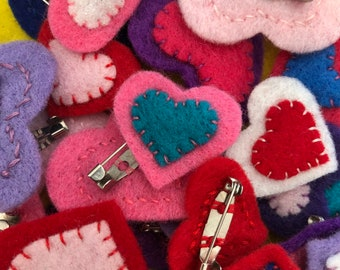 Mini handsewn felt heart pin badge, colourful brooch, variety of colours, Christmas xmas gift, stocking filler