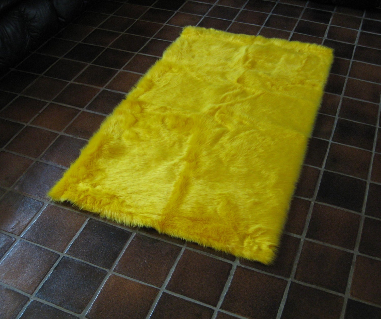 5' X 8' Premium Yellow Faux Fur Rug Non-slip Washable And
