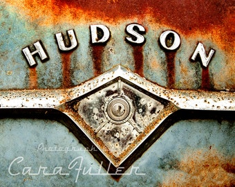 Photograph of the Hudson Emblem with Keyhole
