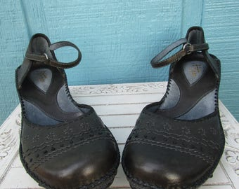 de1c59054f3c Clarks ~ Artisan ~ Mary Jane ~ Wedge ~ Retro ~ Vintage ~ Recycled ~ Mint ~  New Old Stock ~ Women s Size 11 M