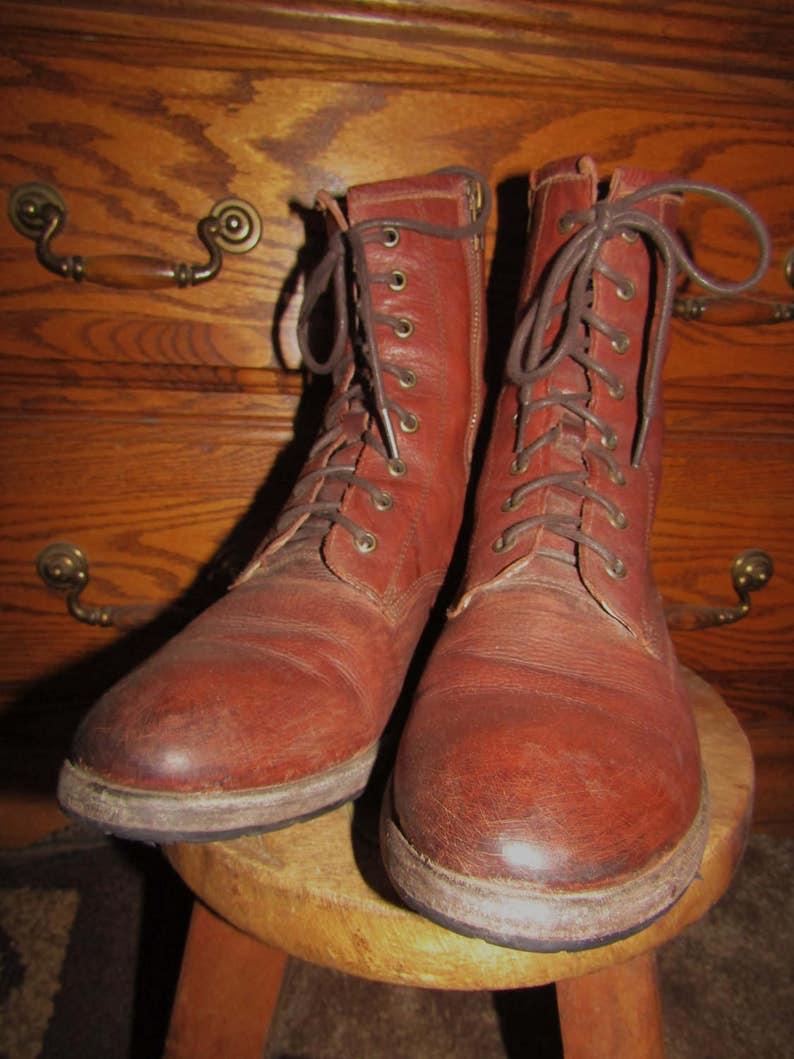 Frye ~ Boots ~ Brown ~ Distressed ~ 8 Eyelet ~ Zip Side ~ Vintage ~ Recycled ~ Women/'s Size 11 M