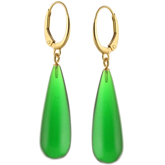 Rhodium White Gold Over Silver Natural Smooth Emerald Quartz Leverback Earrings